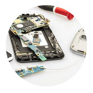 Smartphone-Interne-Technik-Reparatur
